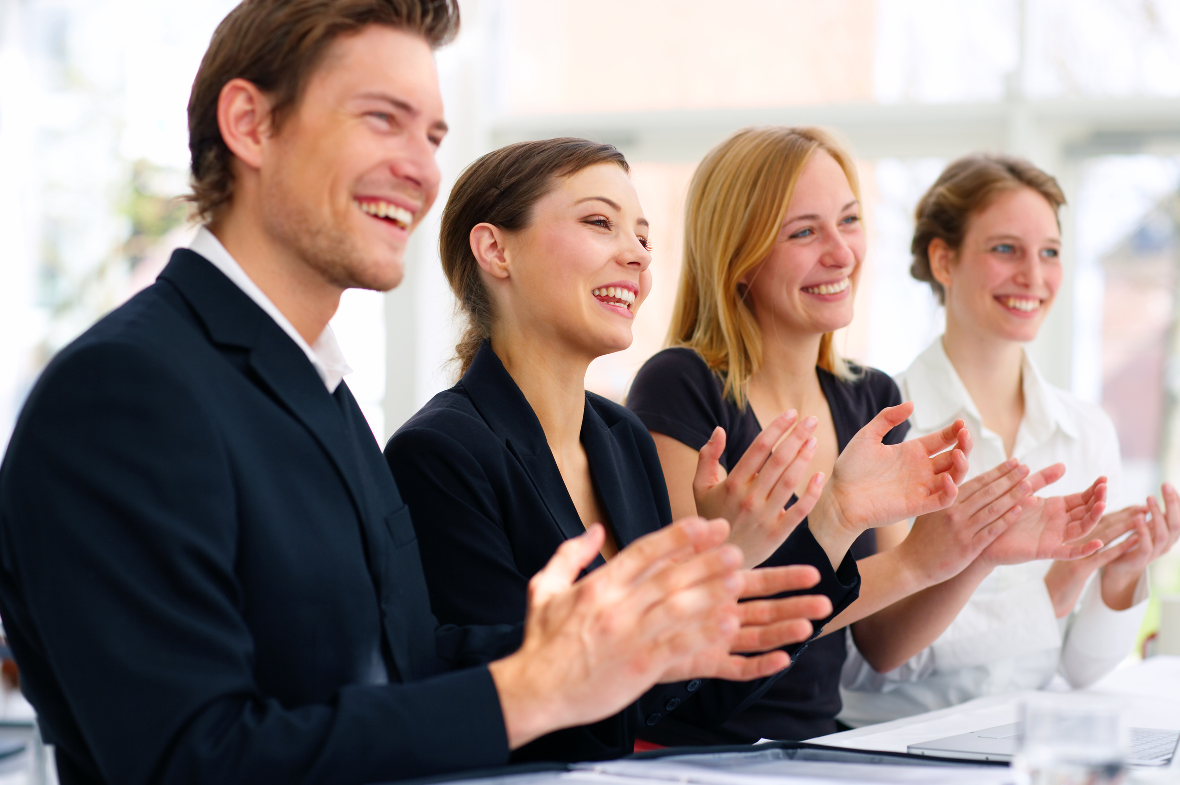 ¿Cómo motivar a los empleados sin un pago?