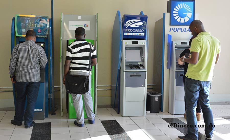 El exclusivo club de las diez principales entidades bancarias de República Dominicana